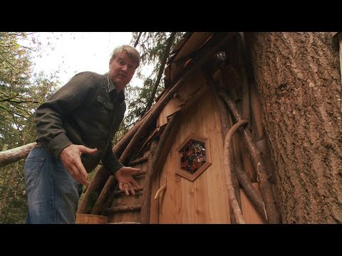 Take a Tour of a Beehive Inspired Treehouse | Treehouse Masters