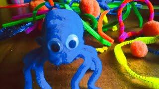 Как сделать милого паука из синельной проволоки и помпонов