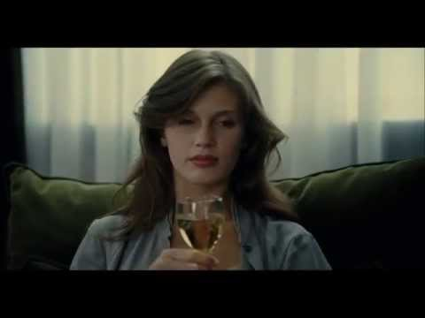 YOUNG & BEAUTIFUL - clip: Candid conversation
