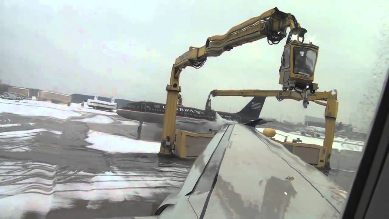 Aircraft Deicing Philadelphia International Airport Youtube