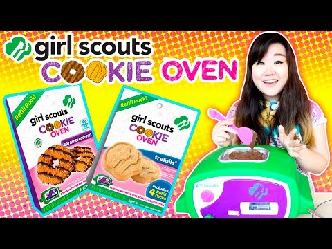 Girl Scouts Cookie Oven - Trefoils & Caramel Coconut - Cooking Set for Kids - Play with Lastic!