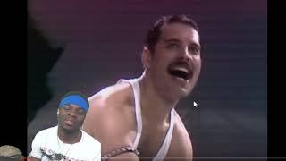 Freddie Got The Crowd in His Hands | Queen