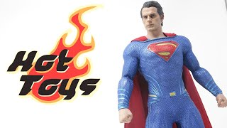 Hot Toys Justice League Superman 1/6 Scale Adult Collectible Figure