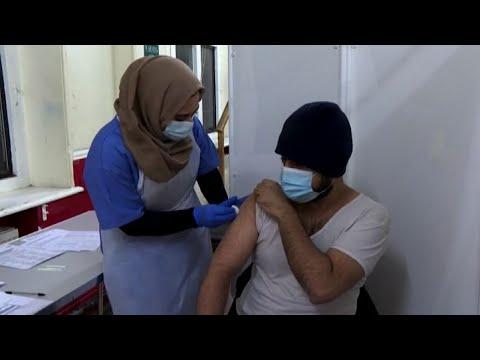 Londra, hub vaccinale per gli islamici che osservano il Ramadan