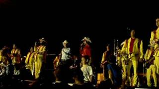 Grupo Laberinto en las carreras en Dodge City KS-Julio 19 2009