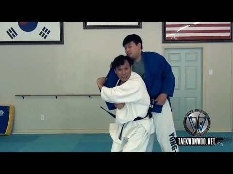 Learn How To Do A Judo Shoulder Throw