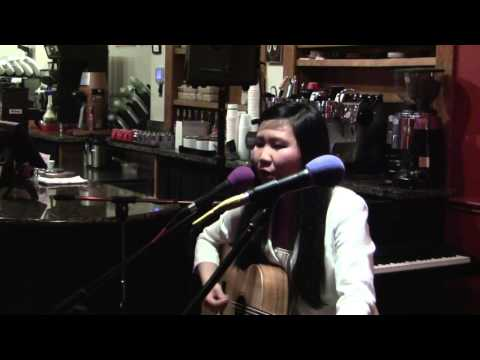 Sherry-Lynn Lee - Red Rock open mic 2013-11-11
