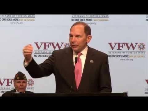 2016 Department of Veterans Affairs Secretary Bob McDonald