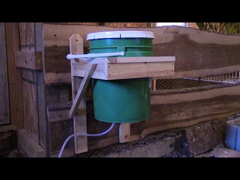 Homemade Easy and Inexpensive Automatic Chicken Waterer