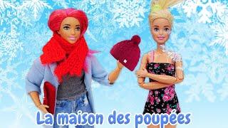 Vidéo de poupées pour enfants. Barbie et Teresa font du shopping.