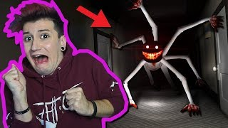 DON'T GO TO THE HAUNTED HOTEL AT 3:00 😱! (ROBLOX-Hotel)
