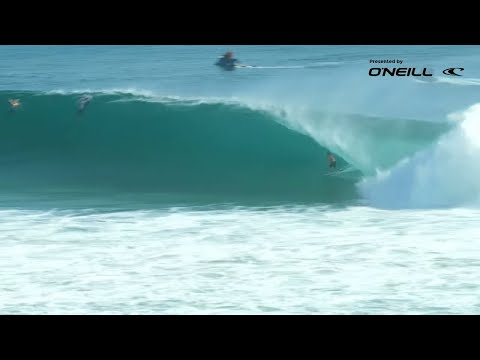 live-cyclone-swell-on-the-gold-coast