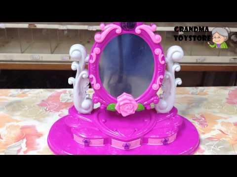 unboxing-toys-review/demos---part-1-princess-makeup-rose-desk-with-mirrors-drawers