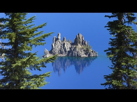 Crater Lake National Park, Oregon, USA in 4K (Ultra HD)