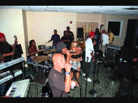 FAze 2 - Right Through Me @ Bottom Line 12/10/2010 (FULL SONG)