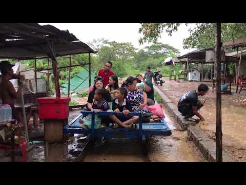 My Travel In Asia - Village Transportation Means In Cambodian ( Lori Transportation)