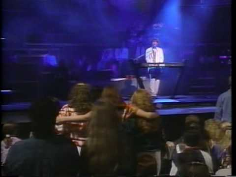 Michael W - Friends (1993 Live)