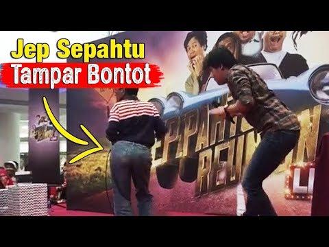 Sepahtu Reunion Live 2017: Jep Sepahtu Menampar Bontot Pak Cik Ketika Sedang Gelek Lagu Rancak.