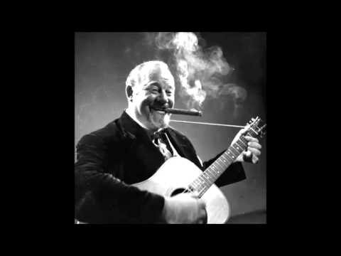 Burl Ives -  What shall we do with the drunken sailor