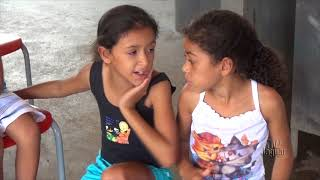 Prefeita Íris Gadelha - Entrega kit escolar em Alto Santo