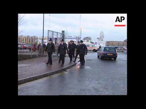 UK: LONDON: DOCKLANDS IRA BOMB EXPLOSION AFTERMATH