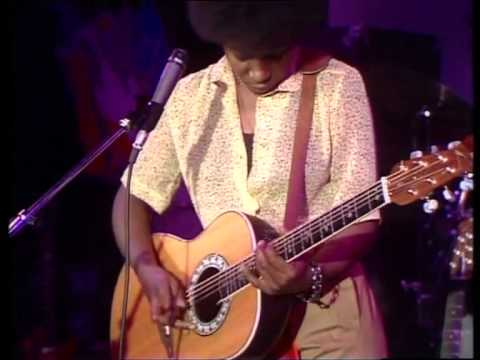 Joan Armatrading - STEPPIN´ OUT - live 1979