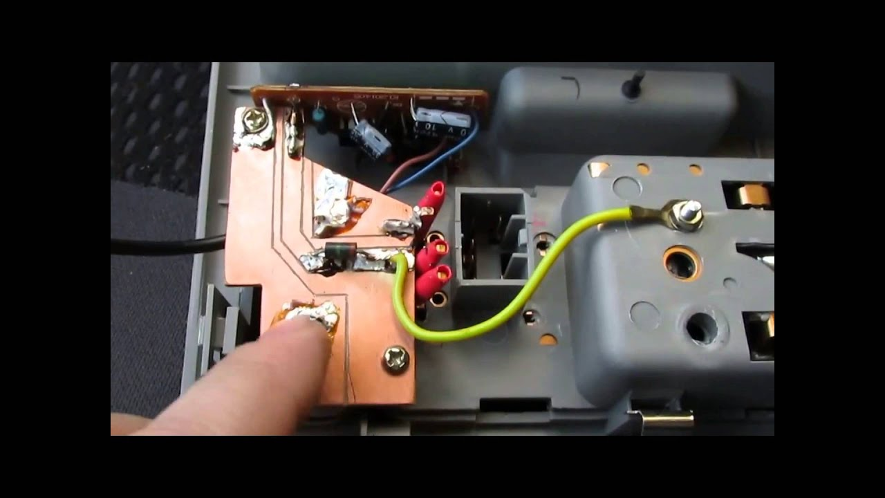 как подключить видеорегистратор к освещению салона