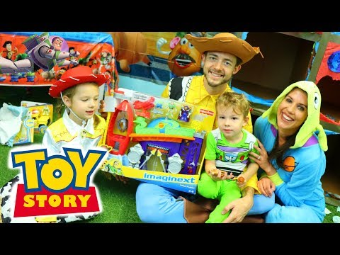 TOY STORY 4 BIRTHDAY PARTY!!! Buzz Lightyear Balloons & Prep
