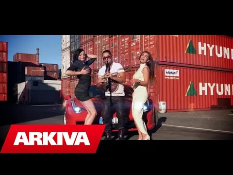 Isa Pini ft. Sevcet Gio - Sound of Clarinet (Official Video HD)