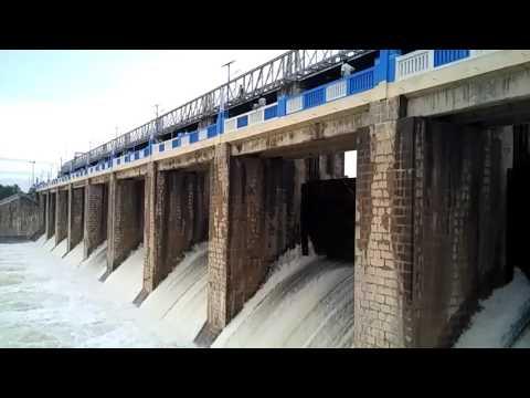 Veedur dam side view December 2015