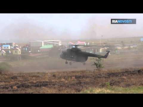 Commandos Disarm 'Terrorists' during Kobalt-2013 Exercise