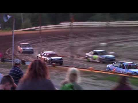 Hummingbird Speedway (8-26-17): Aaron's of DuBois Front-Wheel Drive Four-Cylinder Heat Race #1