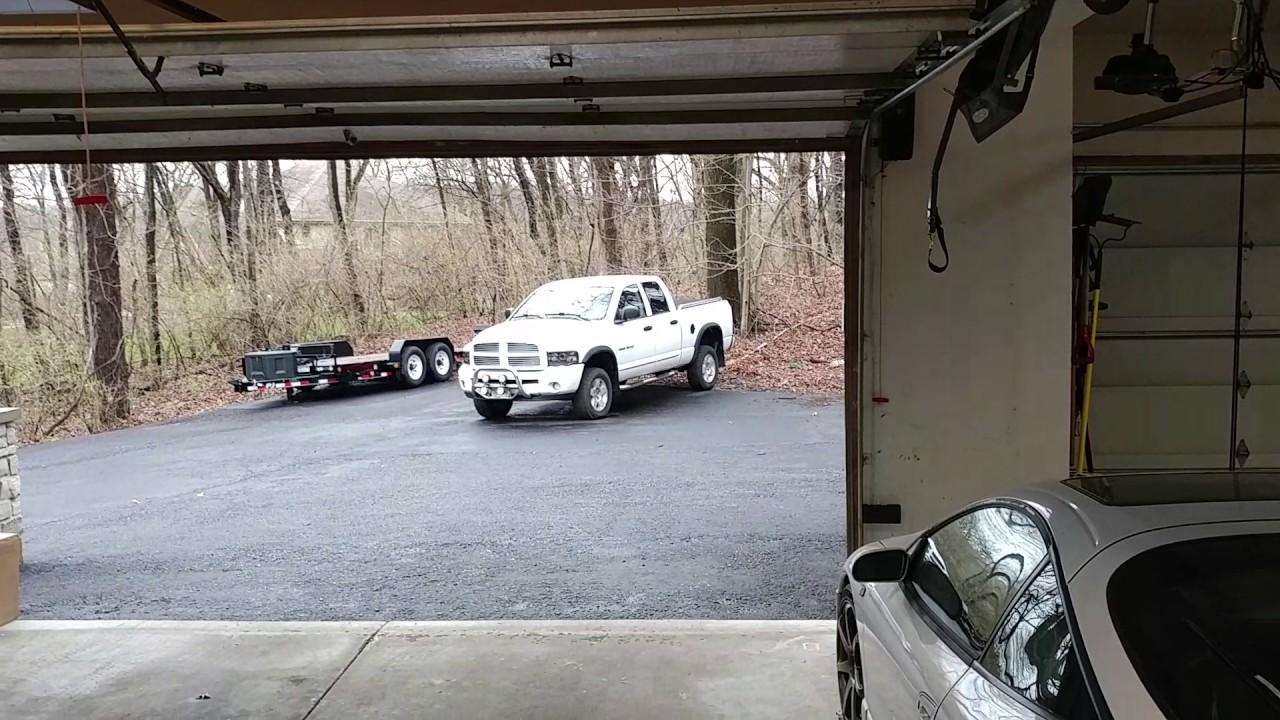 Liftmaster 8500 vs chain drive garage opener youtube liftmaster 8500 vs chain drive garage opener rubansaba
