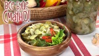 Салат из консервированных огурцов. Семейные рецепты