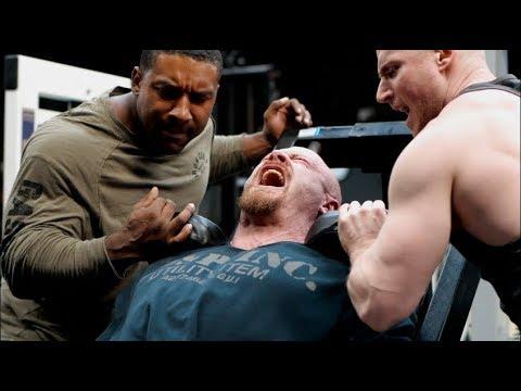 Volume Vs Intensity - James Hollingshead Trains Legs At King's Gym UK