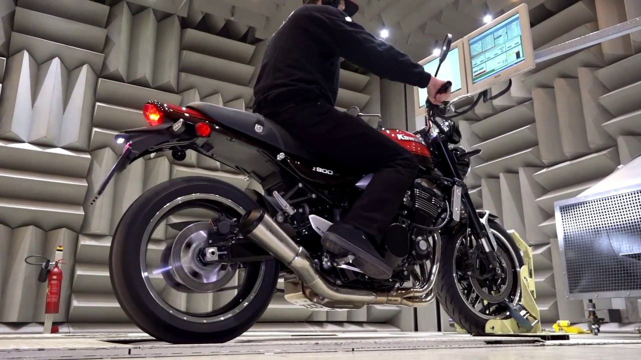 Kawasaki Z900 RS Mod 2018 with REMUS CLASSIC SPORT slip-on system