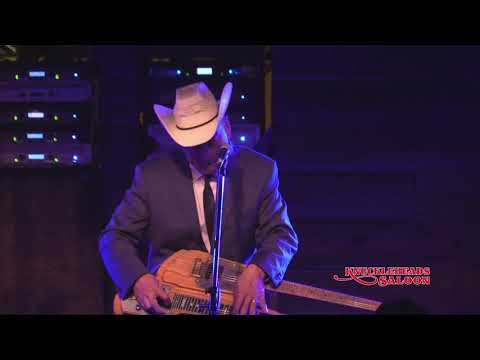 Junior Brown plays Knuckleheads Saloon   11 August 2018