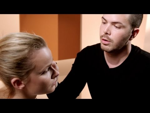Artists Up Close: Sculpting With Regan | MAC Cosmetics