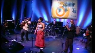 Vusi The Voice Mahlasela Red Song - Philips Music World Festival 2004.mp3