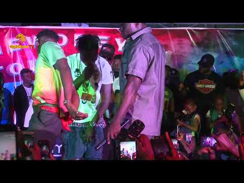 NAIRA MARLEY, OLAMIDE, AND LIL KESH PERFORMS ISSA GOAL AT DJ ENIMONEY'S THE WOBEYDJ TOUR 2018 UNILAG
