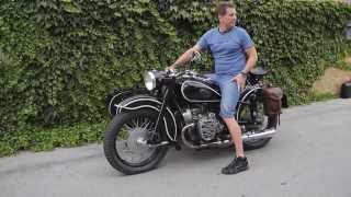 Jazda na motocykli Ural M 72 z roku 1951.Driving Russian veteran motorcycle Ural M 72