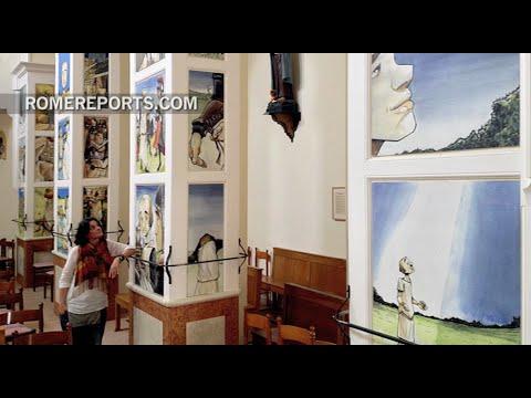 Parish decorates its columns with comics | Art&Culture