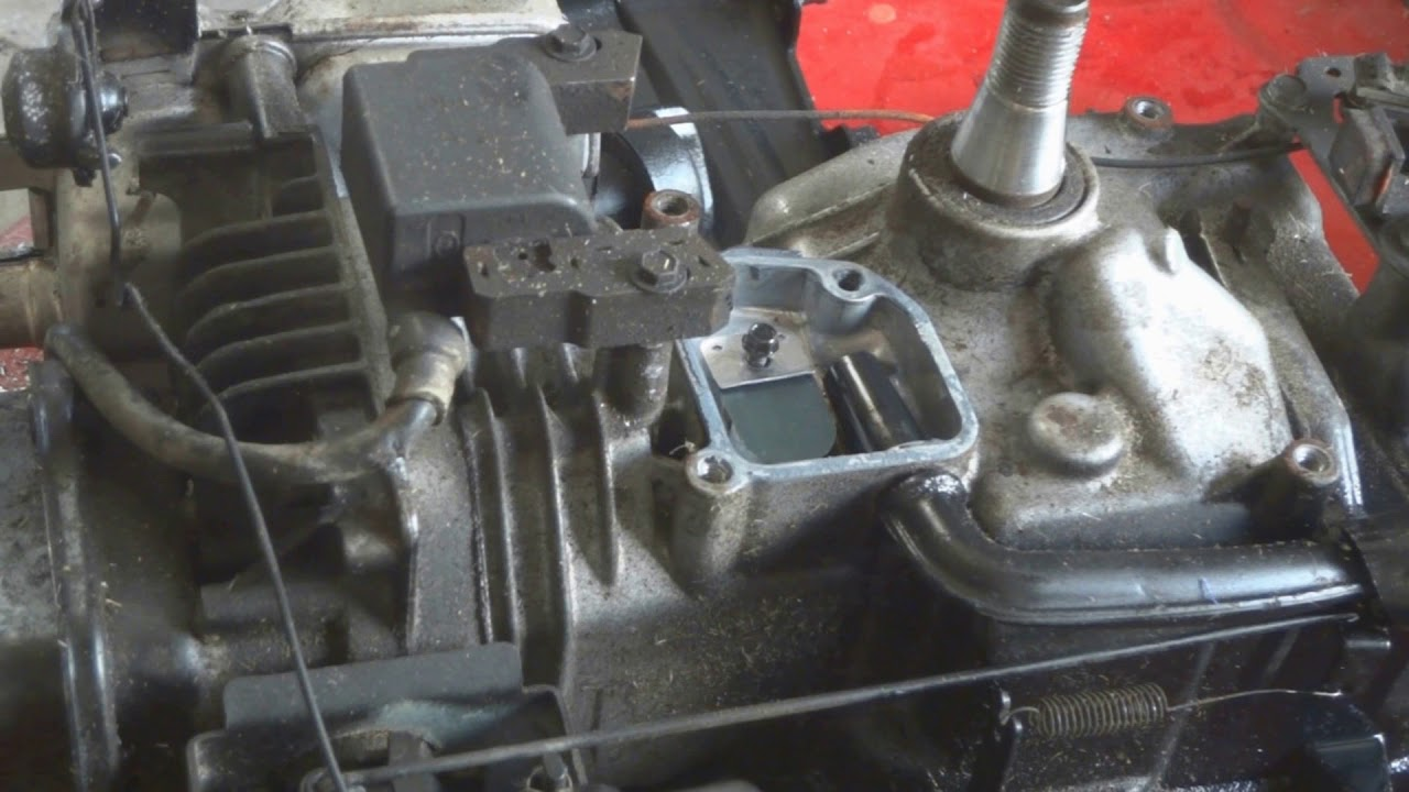 How To Fix A Lawnmower Thats Leaking Oil From The Air Filter