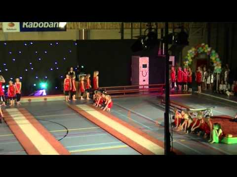 Gymshow 3.6. Turnen meisjes - Petra. Moulin Rouge - Rhythm Of The Night
