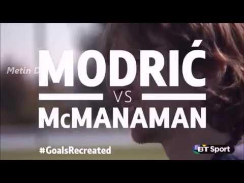 Ünlü Futbolcular Eski Efsane Golleri Atmaya Çalışıyor