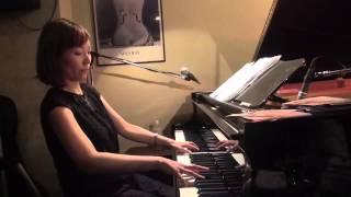 ピアニスト小野麻美の作曲によるオリジナル曲です。