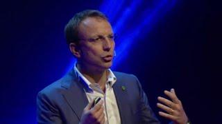 La differenza tra la luce e il buio | Francesco Venturini | TEDxVicenza
