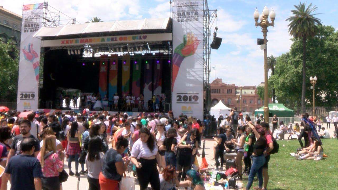 Se Realiza La Xxviii Marcha Del Orgullo En La Ciudad De Buenos