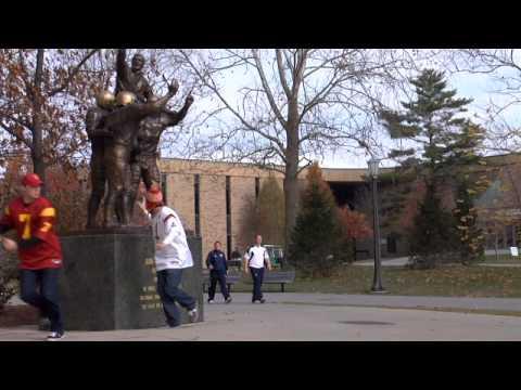 USC Trojans kidnap ND Leprechaun - Notre Dame vs USC