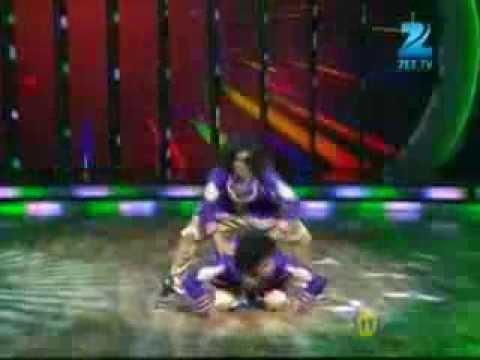 Dance India Dance Season 4 December 28, 2013 - Sumedh & Manan